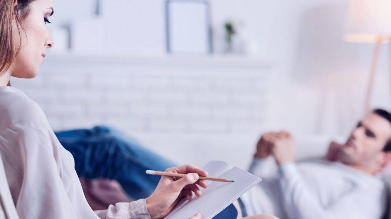Penyebab Malasnya Seseorang Konsultasi ke Konsultan Psikologi